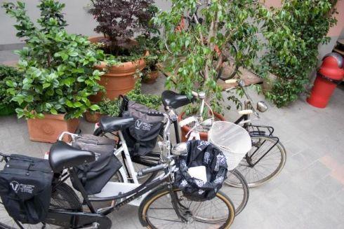 Hotel Visconti Cremona - la città in bicicletta