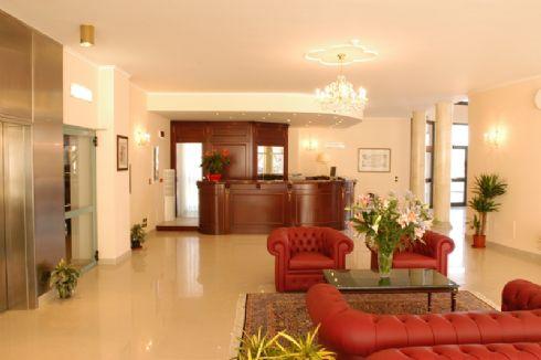 hall del Pilgrim's Hotel
