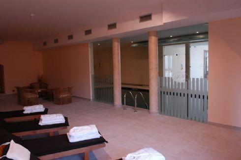 relax in piscina al Pilgrim's Hotel