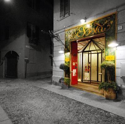 ingresso dell'Osteria La Sosta a Cremona