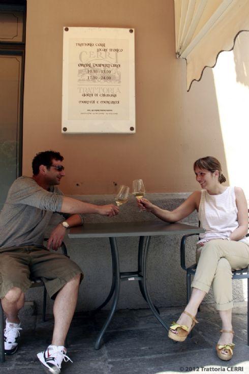 benvenuti con un drink alla Trattoria Cerri