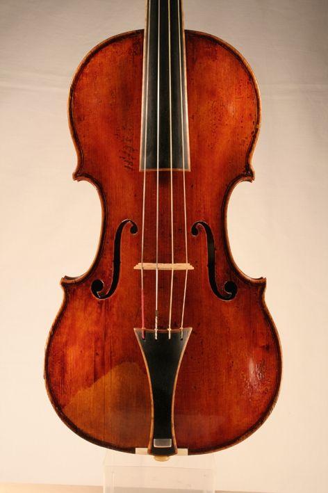violino barocco originale dopo il restauro