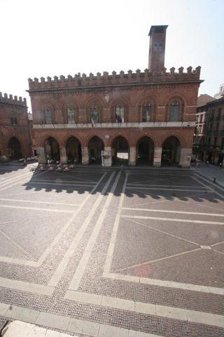 Palazzo Comunale e piazza del Comune