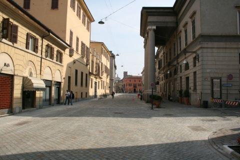corso Vittorio Emanuele con teatro Ponchielli