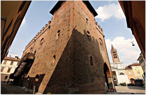 Piazza sant'Agata e Palazzo Cittanova