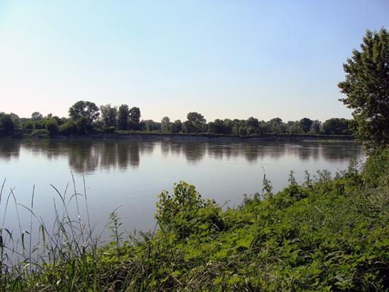 Cremona e il fiume po citt di cremona - Il giardino sul fiume ...